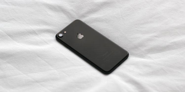 iPhoneの接触が悪くて充電できない時は家で解決!