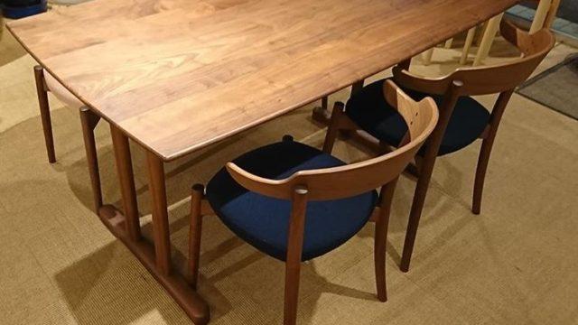 柿ノ木坂匠のテーブル
