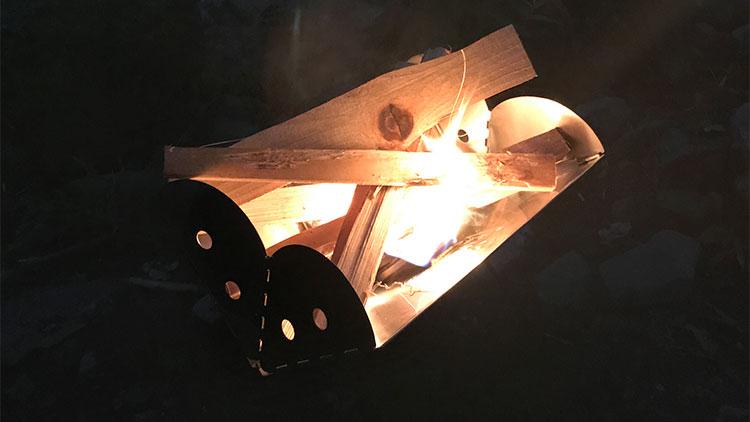 UCO(ユーコ)フラットパックで焚き火
