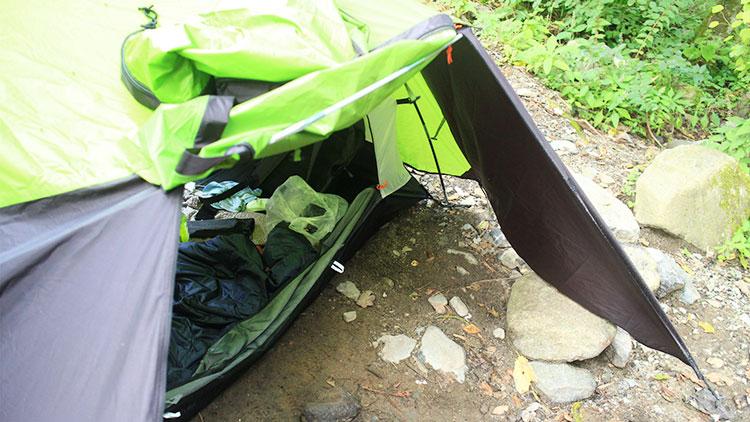 コールマン(Coleman) テント ツーリングドームの前室を広げる