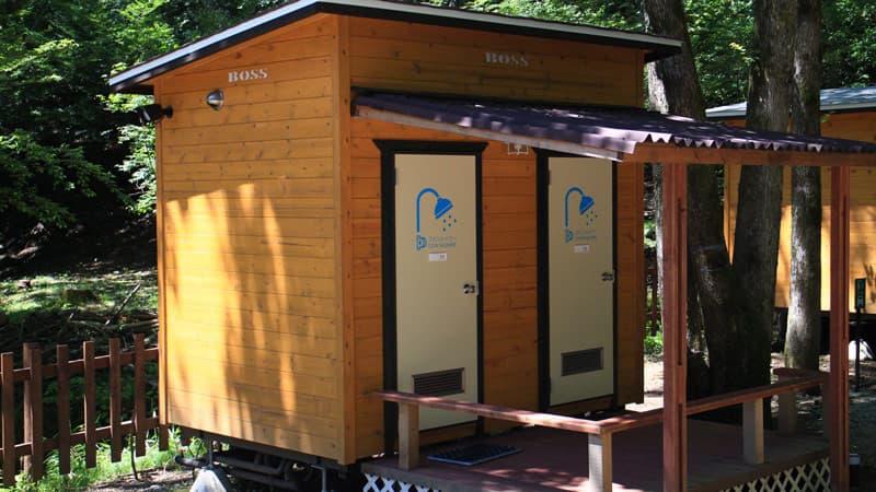 ビアッソキャンプ場のシャワー室