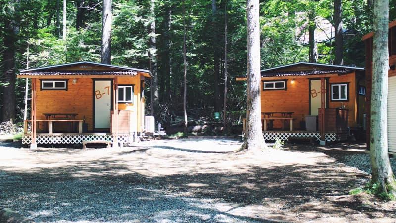 ビアッソキャンプ場の宿泊棟エリア