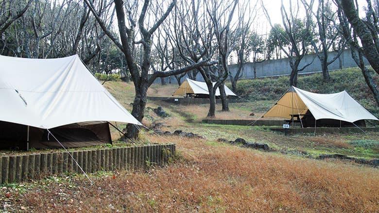 Recamp (リキャンプ)しょうなんのテントキャビンサイト